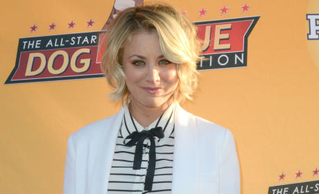 Kaley Cuoco Thanks Family for Support Through Gossip, Tear-Filled 2015