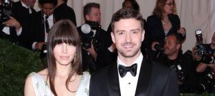 Jessica Biel Shows Off Engagement Ring, Justin Timberlake at MET Gala