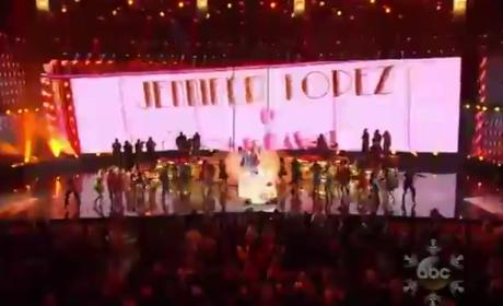 Jennifer Lopez Pays Tribute to Celia Cruz at American Music Awards