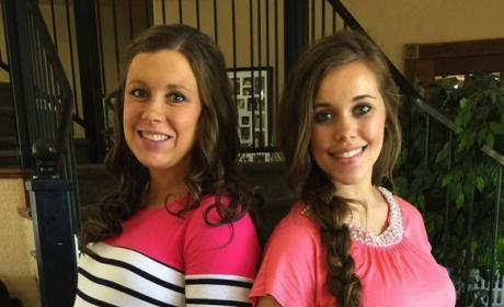 Anna and Jessa Duggar Baby Bump Photo