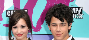Nick Jonas and Demi Lovato to Form New Record Label