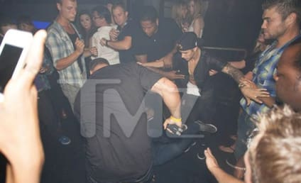 Justin Bieber: Attacked at Canadian Nightclub!