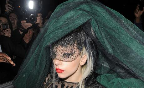 Lady Gaga's Hair Dress: Hot or Not?