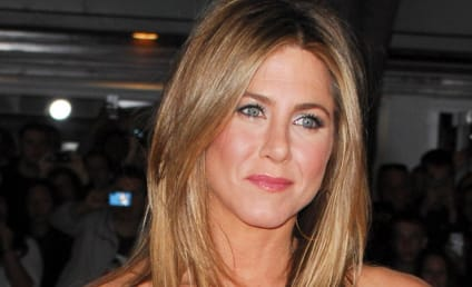 Source: Jennifer Aniston, Gerard Butler Just Friends