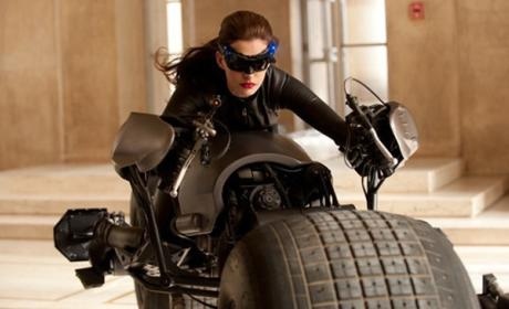 Anne Hathaway Defends Catwoman Suit