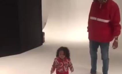Chris Brown Dances with Daughter, Still Sucks