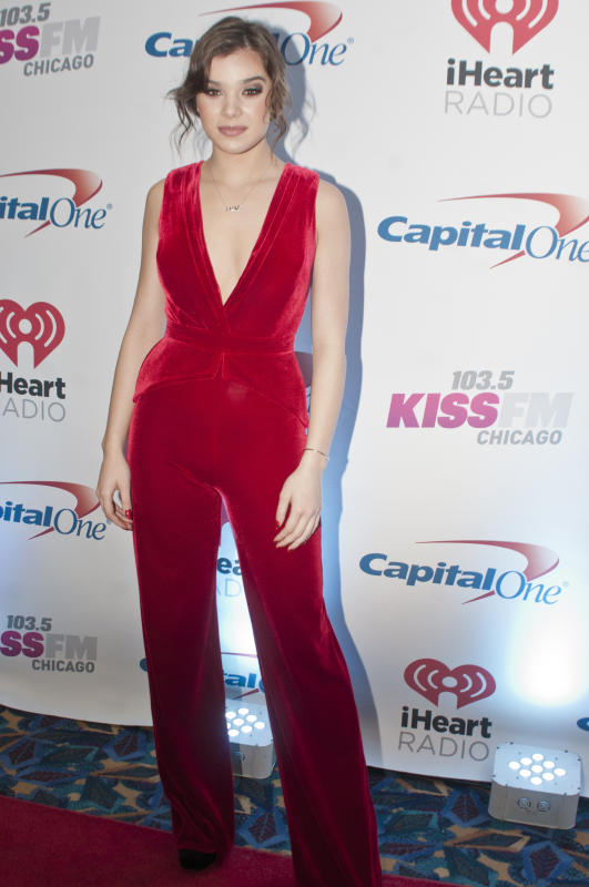 Hailee steinfeld 1035 kiss fms jingle ball 2015