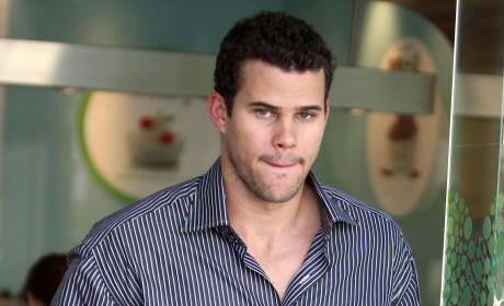Kris Humphries Accuses Myla Sinanaj of Running NYC Brothel