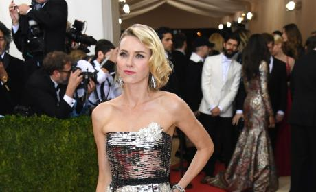 Naomi Watts: 2016 Costume Institute Gala