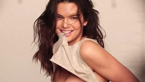 kendall jenner topless for love magazine   the hollywood