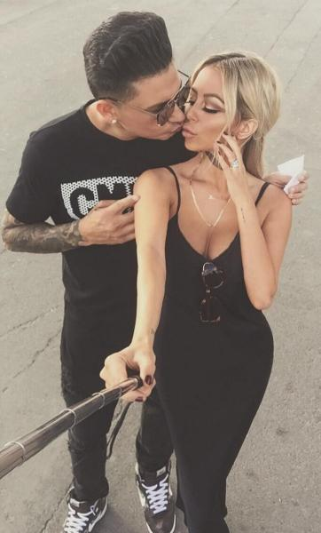 Aubrey O'Day Pauly D Holds Selfie Stick Kiss