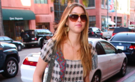 Whitney Port: No Pants?