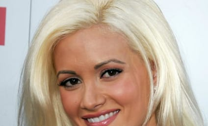 "Holly Madison: Snooki is an Awesome ""Pickle Sucker!"""