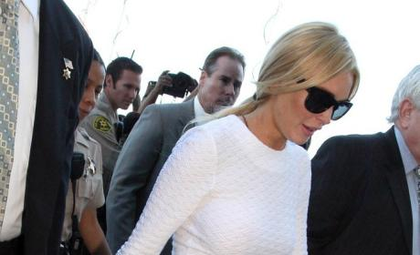 Lindsay Lohan White Dress Sells Out After Sexiest Arraignment Ever
