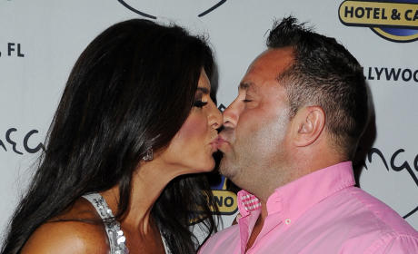 Joe Giudice: Cheating on Teresa With a Dozen Women or More, Source Claims
