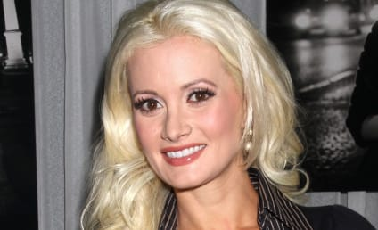 Holly Madison Slams Crystal Harris, Questions Model's Motives for Marriage