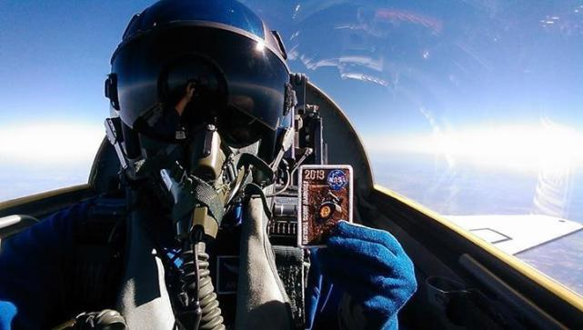 Fighter Jet Pilot Selfies - Page 2 - The Hollywood Gossip Most Epic Picture Ever Taken