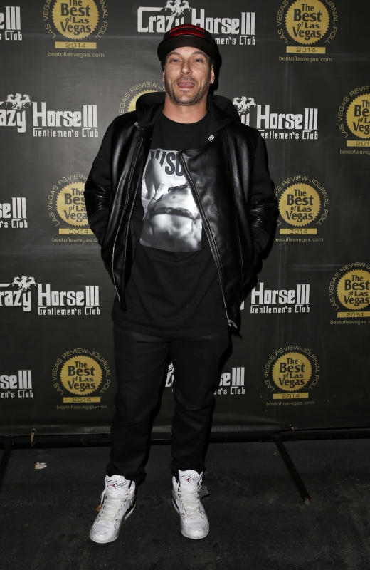 Kevin federline hosts crazy horses xxxmas party
