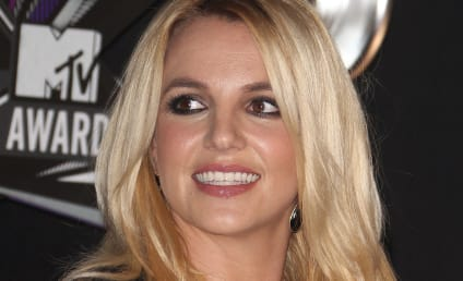 Britney Spears Asks You For Black Friday Shopping Ideas