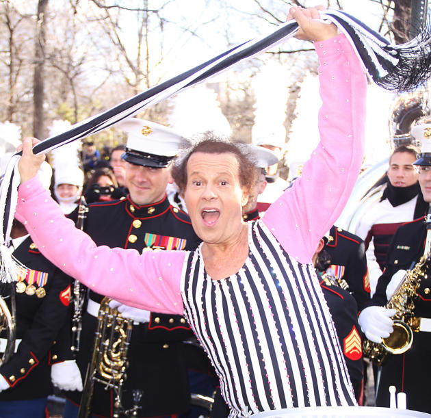 Richard Simmons is Fine But His Knee is Not