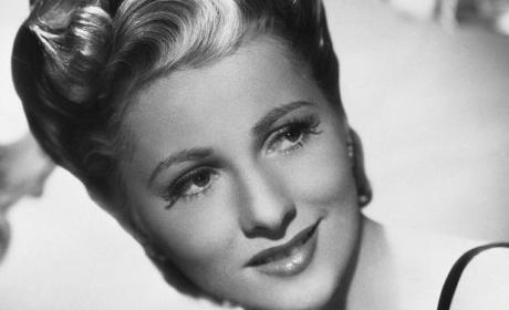 Joan Fontaine Dies; Hollywood Legend Was 96