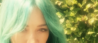 Hilary Duff with Blue Hair