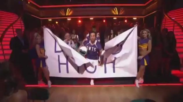 Stars help Dancing celebrate 10 years