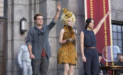 Catching Fire Still: Peeta and Katniss Defiant!