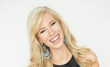Miss Iowa Nicole Kelly: One Arm, One Inspiring Story