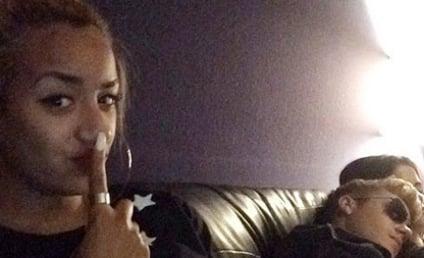 Justin Bieber and Selena Gomez: Cuddling in the Studio!