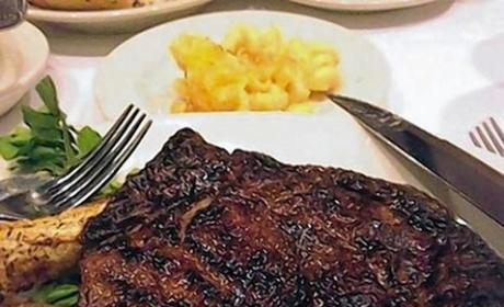 Food Porn Busts ID Thieves: Instagram Steak Pic Leads Cops to Massive Crime Ring