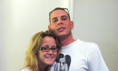 "Jenelle Evans Miscarriage Confirmed; Gary Head ""There to Comfort Her"""