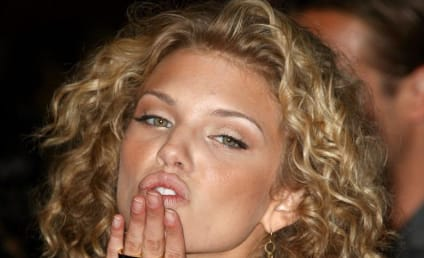 AnnaLynne McCord Pushes for Girl-on-Girl Action on 90210
