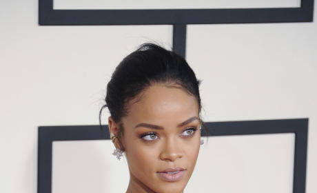 Rihanna Grammys Photo