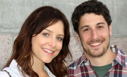 Jason Biggs and Jenny Mollen: Engaged!