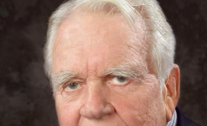 Andy Rooney Suffers Complications From Surgery