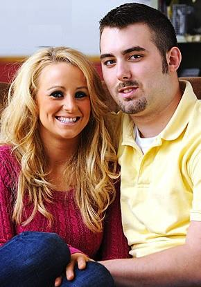 2009: Leah Begins Dating Corey Simms
