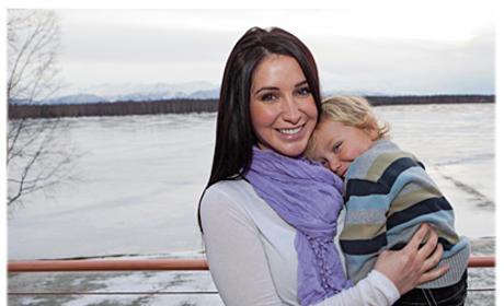 Bristol Palin: Working as Receptionist in Alaska!