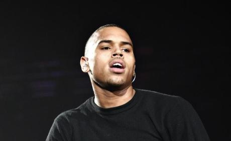 Rumor: Chris Brown Hooks Up with Amber Rose