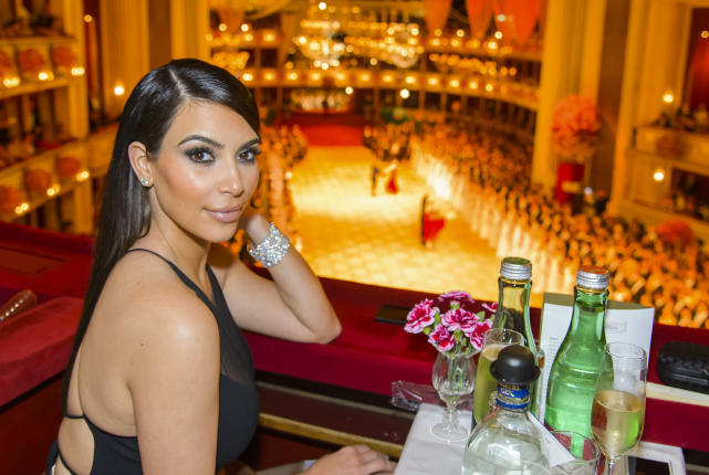 Kim kardashian at the opera