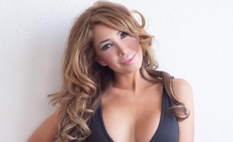 Farrah Abraham Poses Like Kim Kardashian, Takes Break From Exploiting Sophia at Least