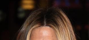 Celebrity Makeup Secrets: Get Your Fav Star's Flawless Face