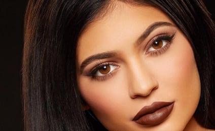Kylie Jenner Writes Sweet Notes for Kourtney & Khloe, but Where's Kim's??