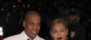 Beyonce to Fire Julius De Boer: Did She Get Caught Cheating With Head Bodyguard?