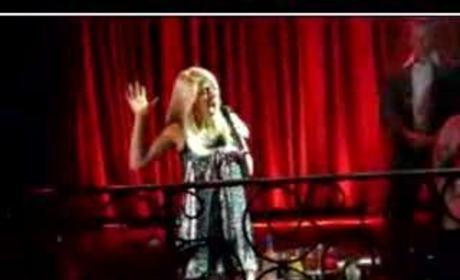 Heidi Montag Sings Live