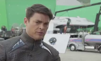 Star Trek Into Darkness Featurette: Karl Urban Talks Bones