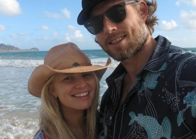 Eric Johnson w/ Jessica Simpson