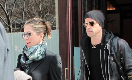 Jennifer Aniston and Justin Theroux: Planning Summer Wedding in Crete?
