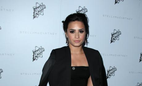 Demi Lovato: Stella McCartney Autumn 2016 Collection Event