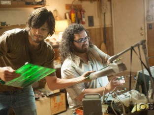 Ashton Kutcher and Josh Gad in Jobs photo